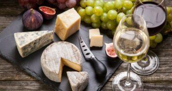Expertentipp: Welcher Wein passt denn zu welchem Käse?
