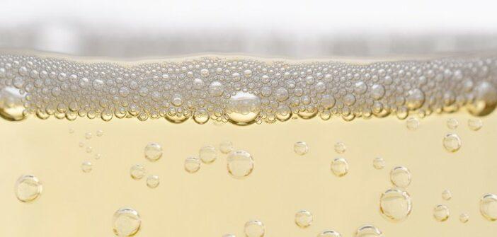 Cava, Sekt, Champagner, Perlwein, Schaumwein: Unterschied und Herstellung