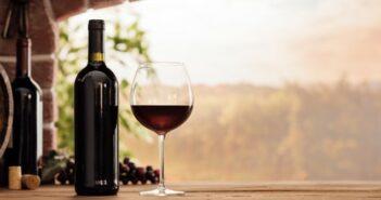 Wieviel Kalorien hat ein Glas Rotwein?
