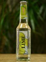 Der White Blossom - Lime ist ein fruchtig süßer Fruchtweincocktail.