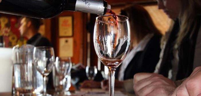 Griechischer Wein – nicht nur als Lied ein Hit