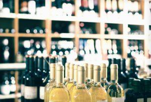 Was ist heute im Angebot? Aldi und Co. wechseln ihre Angebote oft wöchentlich. Nur Mut! Probieren Sie ruhig mal den einen oder anderen Discounter-Wein aus. Klar wird nicht ein jeder schmecken, aber das kann Ihnen im Fachhandel genauso passieren, denn die Geschmäcker der Menschen sind nunmal verschieden. Das wiederum hat nun rein gar nichts mit Qualität zu tun. (#2)