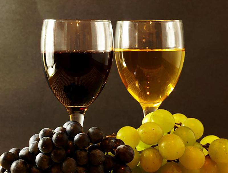 Der Macabeo wird vor allem als Dessertwein verwendet. Die weiße Rebsorte findet sich in Spanien vornehmlich in den nördlichen Anbaugebieten und nimmt dort den Großteil der bebauten Flächen ein. (#03)
