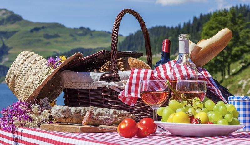 Traditionell gilt unser westliches Nachbarland Frankreich ja als Land de Weines und des Weinbaus. (#05)