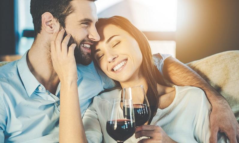 Der Rotwein wird von Kennern gern als leicht ironisch beschrieben, wartet aber mit einem überaus überzeugenden Geschmack auf. ('#04)