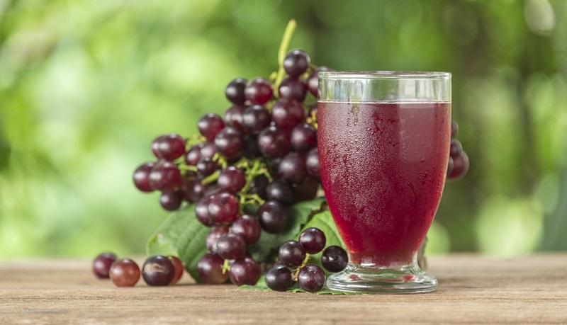 Wenn Sie eine Traube essen, dann fällt zunächst der intensive süße Geschmack auf. Auch Traubensaft ist ausgesprochen süß.